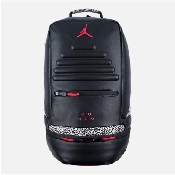 37c31bf0c07bff NWT JORDAN RETRO 3 backpack